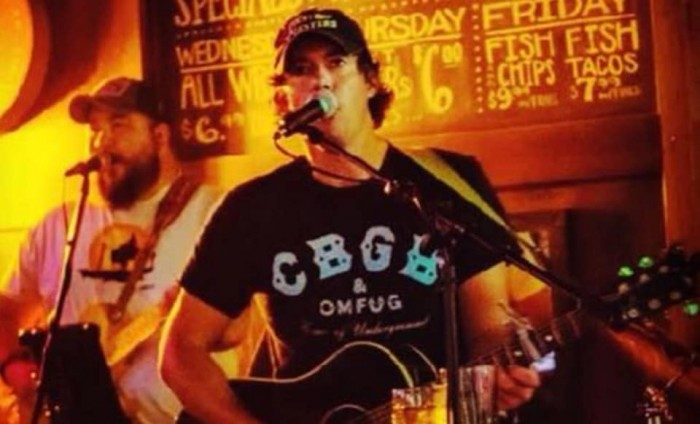 Brett Milstead Live at Red Hill Brewing Company
